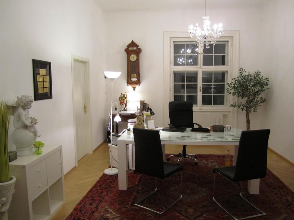 ffnungszeiten silberankauf goldankauf in graz hauptplatz 14. Black Bedroom Furniture Sets. Home Design Ideas